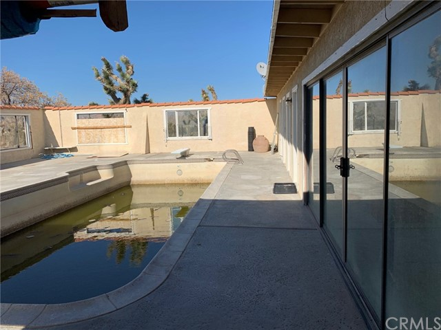9561 Akron Rd, Lucerne Valley, CA 92356 Photo 21