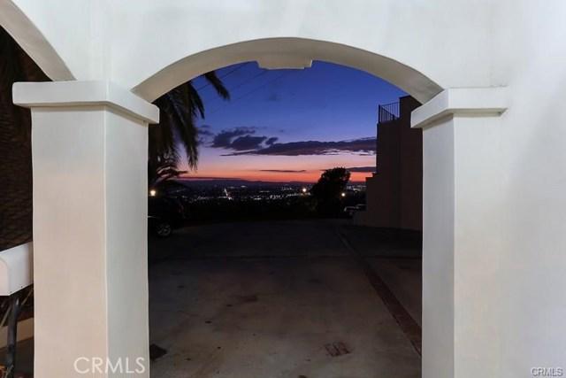 3 Skyline Drive, Burbank, CA 91501