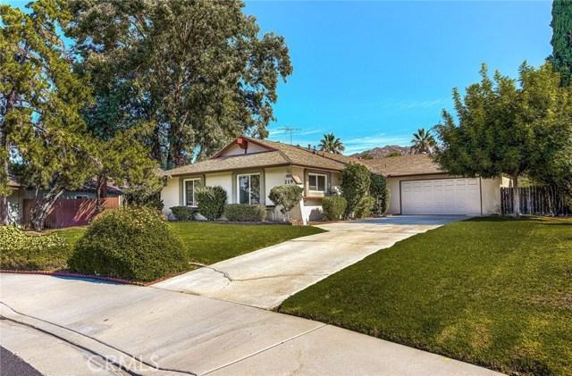 219 Maravilla Drive, Riverside, CA 92507