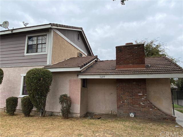 These are 8 units apartment where there is hardly any vacancy. Each unit has it's own garage. All the units downstairs have tiles and some of the units have newer carpet upstairs. The property is very close to Disneyland has potential for higher rent.