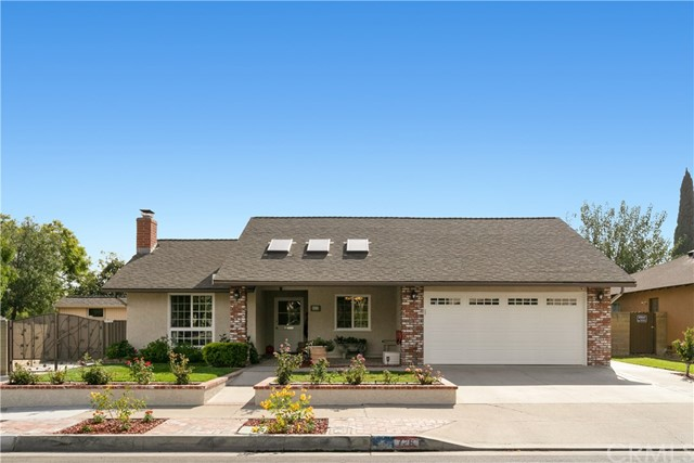 726 W Crystal View Ave, Orange, CA 92865