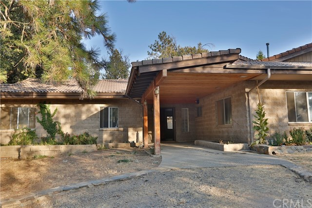 3241 Triangle Park Road, Mariposa, CA 95338