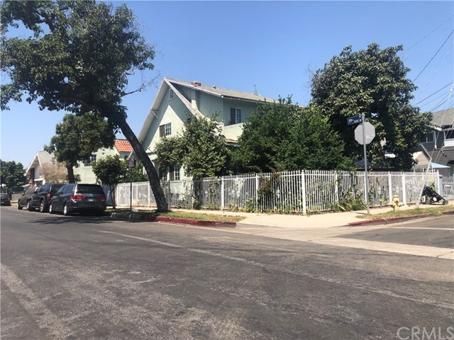 1033 W 39th Place, Los Angeles, CA 90037