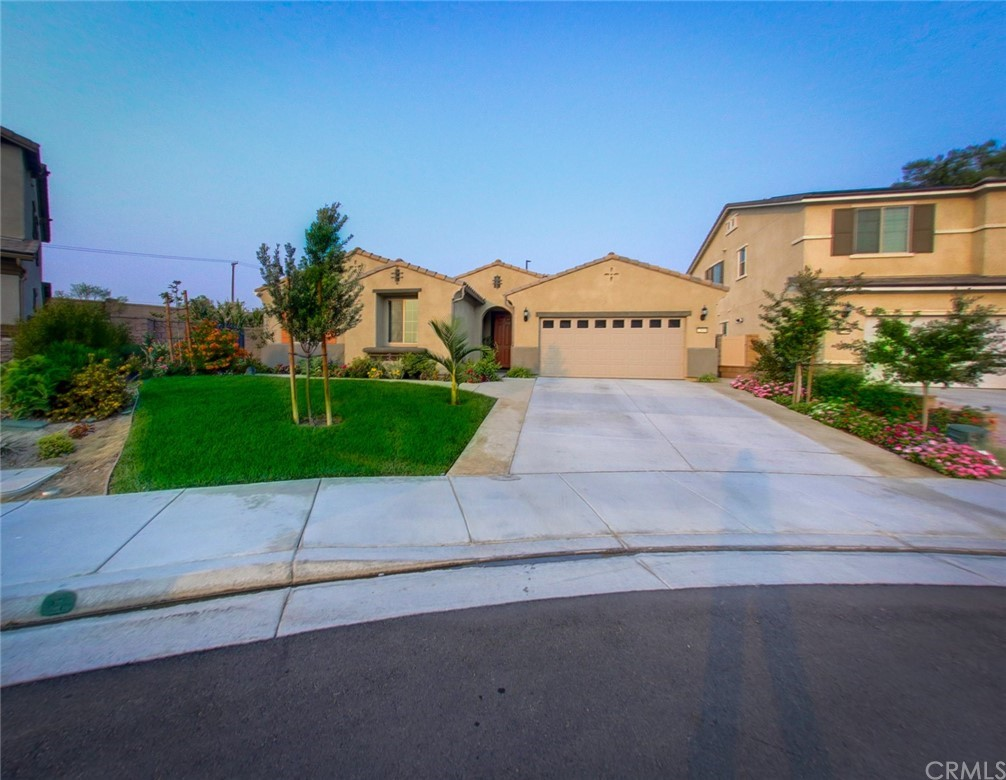 Photo of 12818 Shorthorn Dr, Eastvale, CA 92880