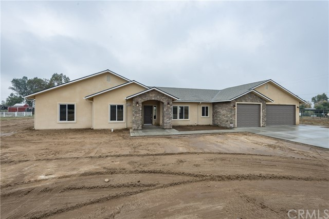 16972 Mark Road, Madera, CA 93636