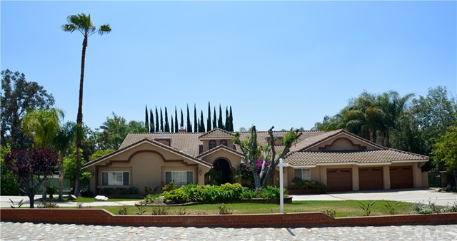 A gorgeous flowing estate in North Claremont. This single story home is North facing and located at the base of the Foothills. Featuring an oversized circular driveway, beautiful curb appeal, RV parking, a private gated entrance, and tall double door entry. There is a formal living room with vaulted ceilings and accented by a floor to ceiling fireplace. The East wing of the home offers the Master bedroom and en-suite, and three spacious bedrooms with two additional bathrooms. The master bedroom and en suiA gorgeous flowing estate in North Claremont. This single story home is North facing and located at the base of the Foothills. Featuring an oversized circular driveway, beautiful curb appeal, RV parking, a private gated entrance, and tall double door entry. There is a formal living room with vaulted ceilings and accented by a floor to ceiling fireplace. The East wing of the home offers the Master bedroom and en-suite, and three spacious bedrooms with two additional bathrooms. The master bedroom and en suite features a large walk in closet with dual entrances, double-sided fireplace, dual sinks, an extended vanity & a steam sauna. The West wing of the home has a guest room with attached bathroom that can be used as a nanny/granny suite. There is also a perfect reading library and a separate office. The living room is open to the dining area and the gourmet style kitchen is expansive with an extra large center island, plenty of cabinets and countertop space, a walk in pantry, and a large breakfast area. Step out to the covered patio that gives you more space for entertaining! It's a versatile indoor/outdoor room that can be used as an exercise room, playroom or sitting area. Imagine entertaining friends or hosting a movie night in the fantastic game room equipped with wet bar and fireplace. The backyard is a tropical oasis surrounded by majestic queen palms and carefully manicured fruit trees spread around the impressive pool, spa and Tennis Court.