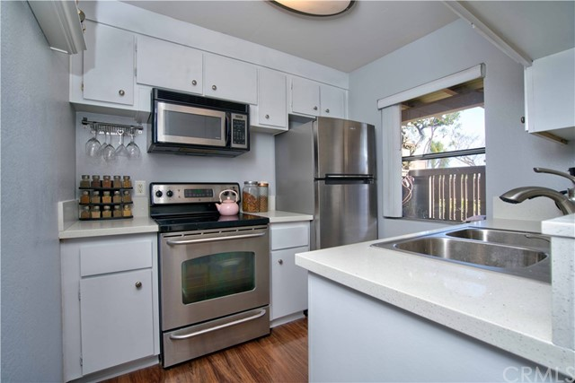 1345 Cabrillo Park Drive B15, Santa Ana, CA 92701