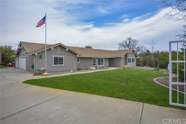 47609 Willow Pond Road, Coarsegold, CA 93614