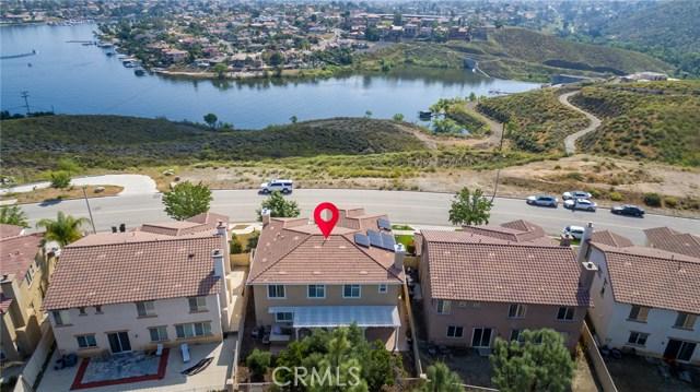 76 Via De La Valle, Lake Elsinore, CA 92532