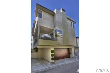 2303 Vista Drive, Manhattan Beach, CA 90266