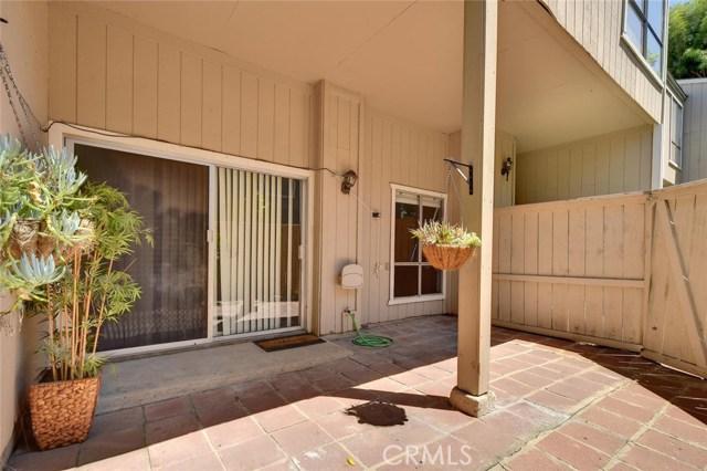 2921 S Fairview Street E, Santa Ana, CA 92704
