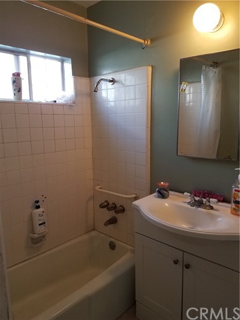 15304 Horst Avenue, Norwalk, California 90650, 2 Bedrooms Bedrooms, ,1 BathroomBathrooms,Single Family Residence,For Sale,Horst,DW20177197