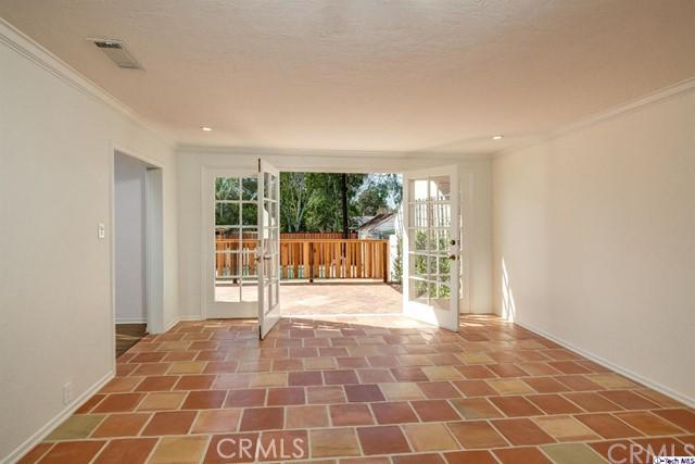 2054 Galbreth Rd, Pasadena, CA 91104 Photo 6