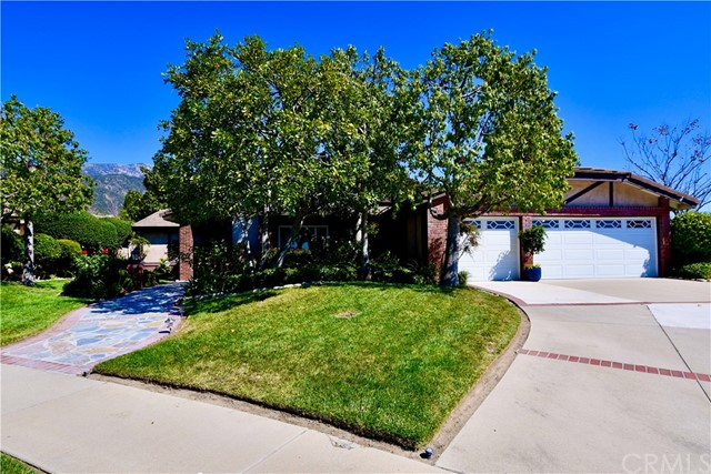 2276 N Kelly Avenue, Upland, CA 91784