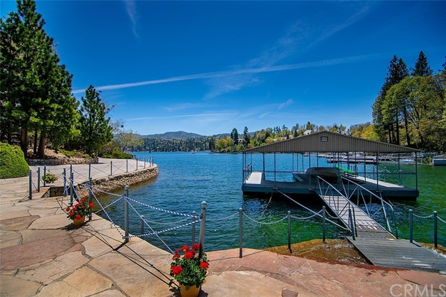 28641 North Shore Road, Lake Arrowhead, CA 92352
