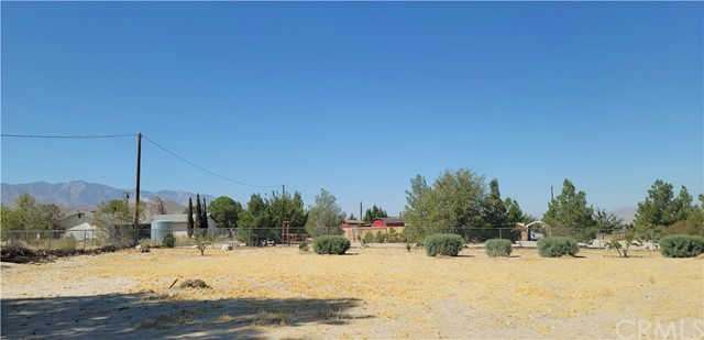 9224 Chickasaw, Lucerne Valley, CA 92356 Photo 2