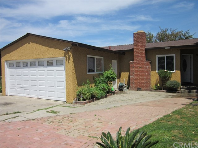 2217 W 7th Street, Santa Ana, CA 92703