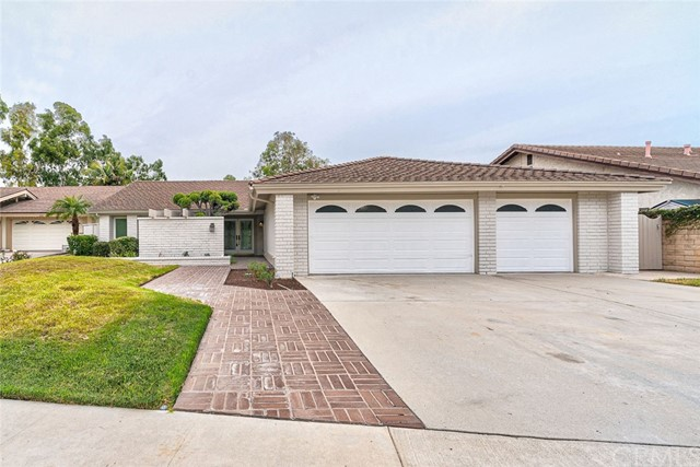 2206 Oakridge Court, Fullerton, CA 92831