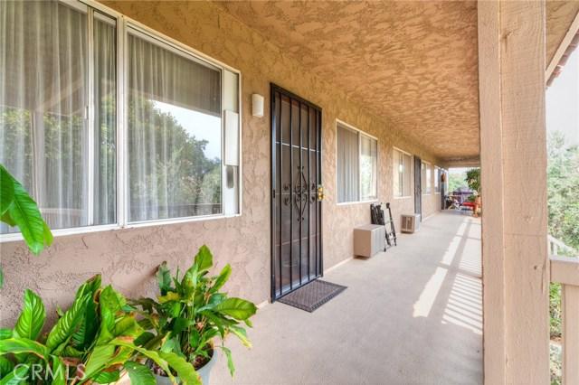 531 S La Veta Park Circle 203, Orange, CA 92868