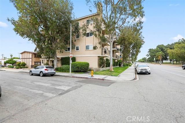2. 4701 E Anaheim Street #401 Long Beach, CA 90804