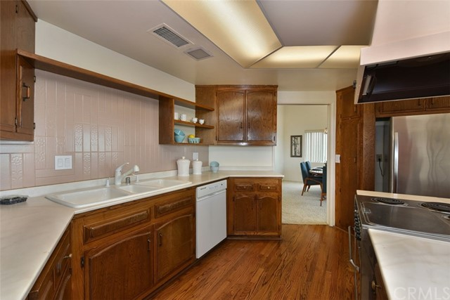3680 Ranch Top Rd, Pasadena, CA 91107 Photo 22