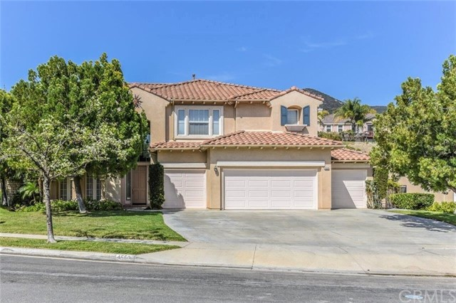 4550  Edgewater Circle, Corona, California