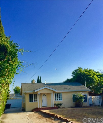 """***  GREAT STARTER HOME! ***  PRIVATE HOME -  GREAT LOCATION/CUL DE SAC STREET - LARGE LOT -  2 CAR GARAGE -  HUGE FRONT YARD!  FIXER! ** Home on a Quiet street and set back on a 7,665 sq. ft.  lot in Lomita!    New Paint, newer baths, big den with fireplace, skylight, and cozy sunken bedrooms.  Bright and  Cozy tiled livingroom/entry area, follow to Kitchen.  Kitchen over looks spacious Den with tiled dining area, lifted fireplace, and carpet.  Terrific for family gatherings or entertaining.  Glass sliding doors out to back patio area and garage access.  Driveway runs the entire length of the property and makes grocery drop offsVERY easy through side door to Kitchen/Den area.  Baths are newer and updated.  Spacious stone tiled shower with skylight in first bath, and large tub and separate shower in 2nd bath.  Bright Bedrooms are carpeted and sunken, both on the front part of the home.    """"Green Thumb-ers Needed!""""  Front yard needs care and TLC.  Drive way too!   Close to shopping, dining, entertainment, grocery, and recreation.  Hurry!!"""