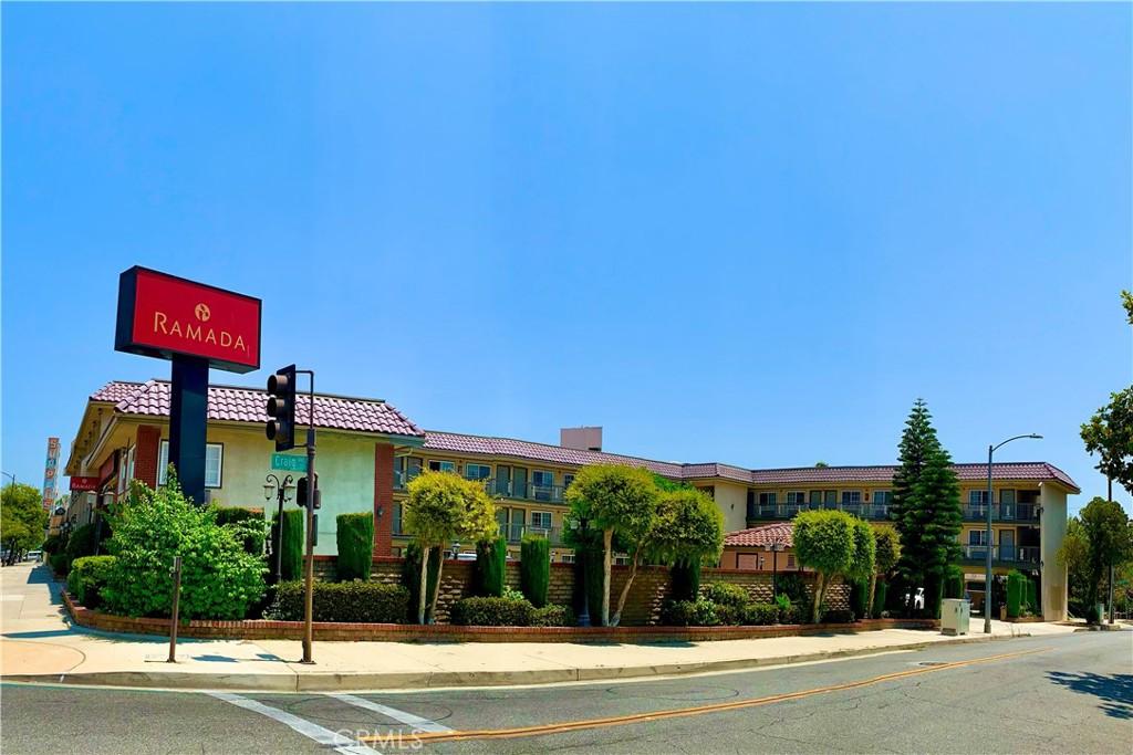 Photo of 2156 E Colorado Boulevard, Pasadena, CA 91107