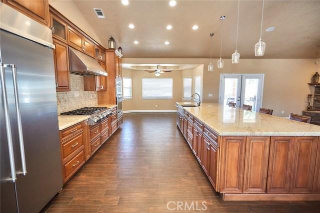 6910 Oak Vista Ln, Oak Hills, CA 92344 Photo 11