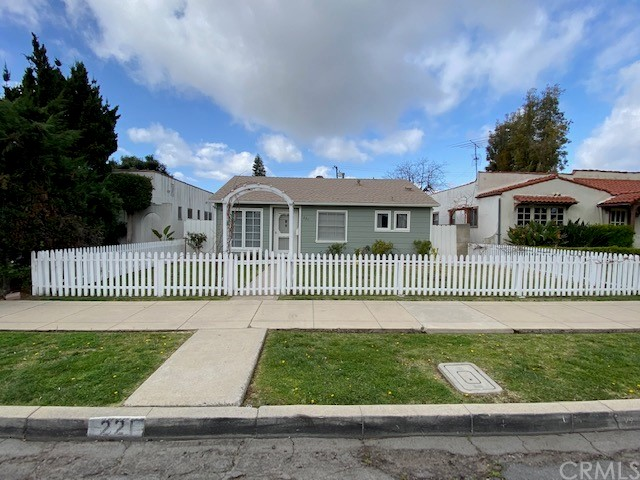 221 Stanford Ave, Fullerton, CA 92831