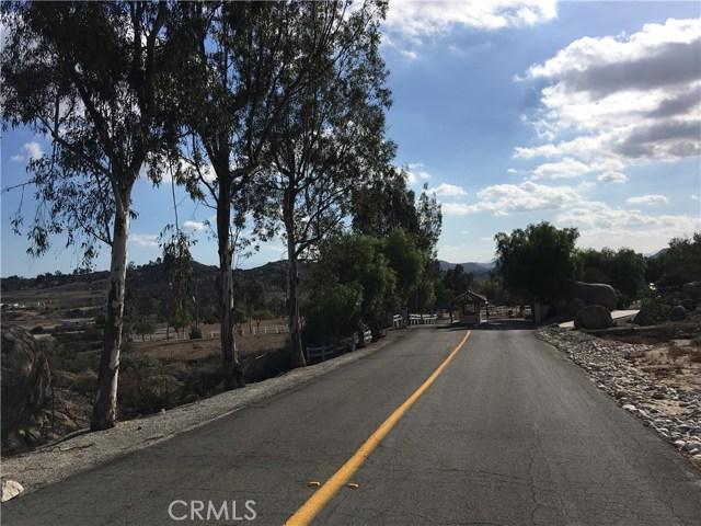 22955 Sky Mesa Rd, Juniper Flats, CA 92548 Photo 7