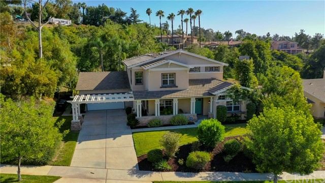 520 Golden West Drive, Redlands, CA 92373