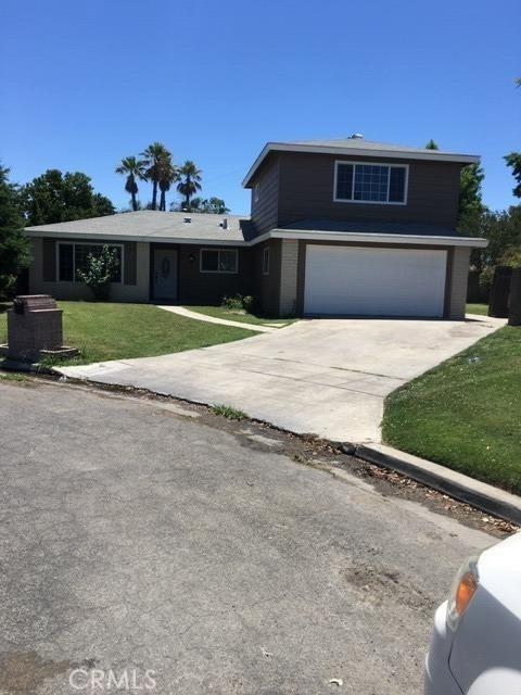 2704 Willow Drive, Madera, CA 93637