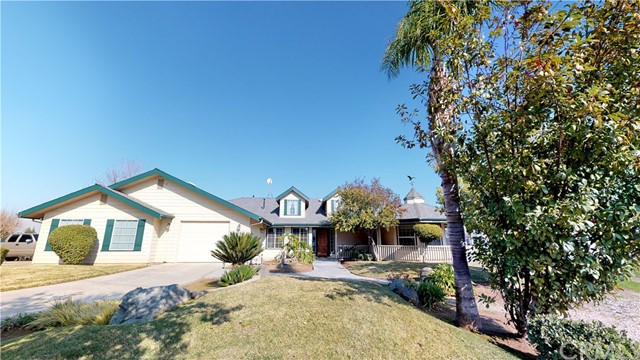 3316 Flyer Lane, Sanger, CA 93657