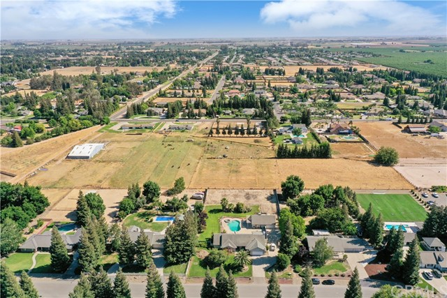 6. 6105 Spring Valley Drive Atwater, CA 95301
