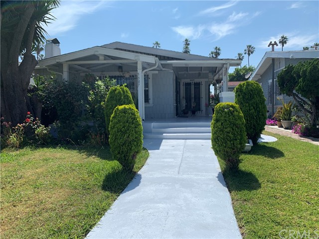 5307 S St Andrews Place, Los Angeles, CA 90062
