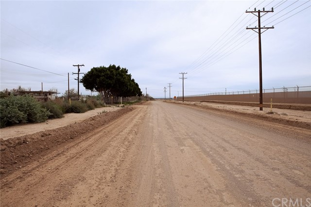 8110 Cuff Road, Calipatria, CA 92233