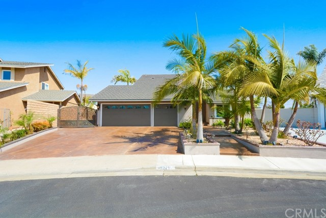 9221 Half League Drive, Huntington Beach, CA 92646