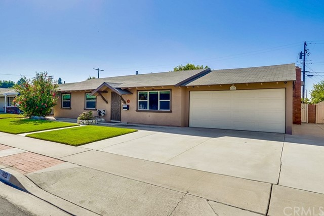 1812 W Victoria Avenue, Anaheim, CA 92804