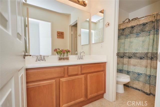 8443 Fillmore Ct, Oak Hills, CA 92344 Photo 36