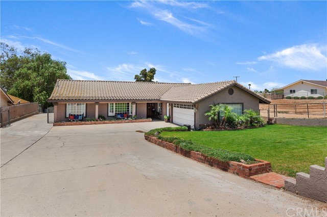 2340 Mountain Avenue, Norco, CA 92860