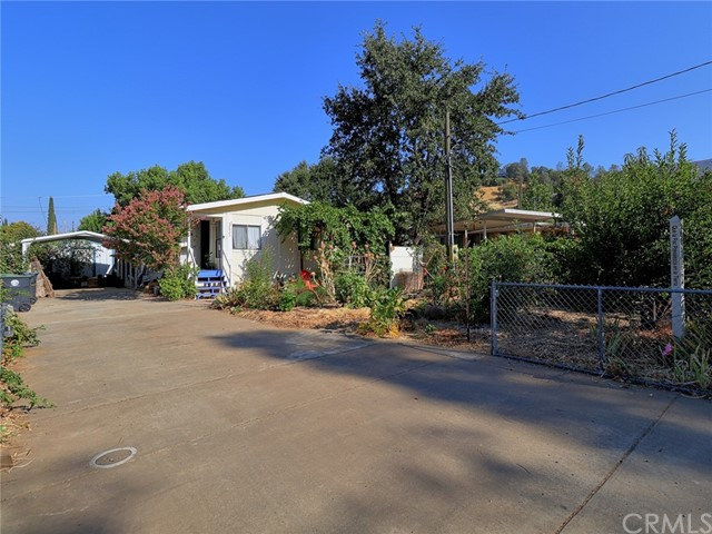 2823 Lakeview Dr, Nice, CA, 95464