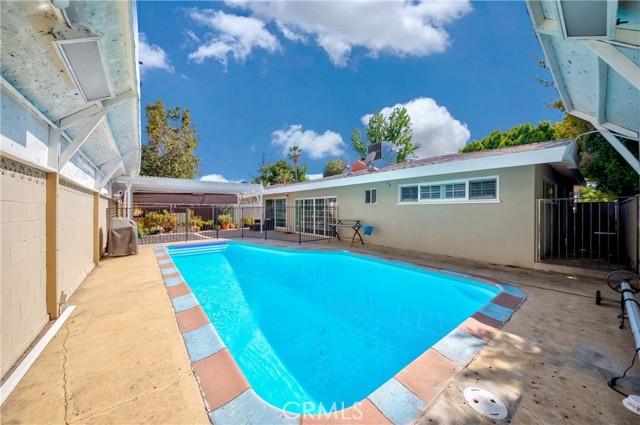 35. 7002 Van Noord Avenue North Hollywood, CA 91605