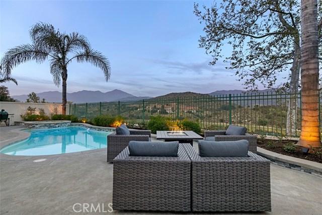 40 Barneburg, Rancho Santa Margarita, CA 92679