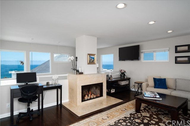 3207 Crest Drive, Manhattan Beach, CA 90266