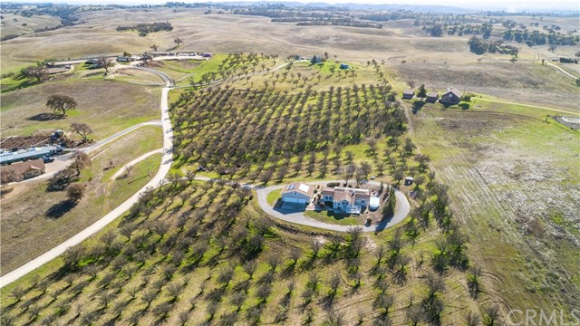 2255 Weaver Lane, Paso Robles, CA 93446
