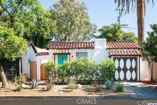 7212 Willoughby Avenue, Los Angeles, CA 90046