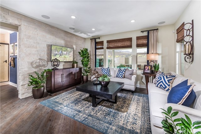 1877 Aliso Canyon Drive, Lake Forest, CA 92610