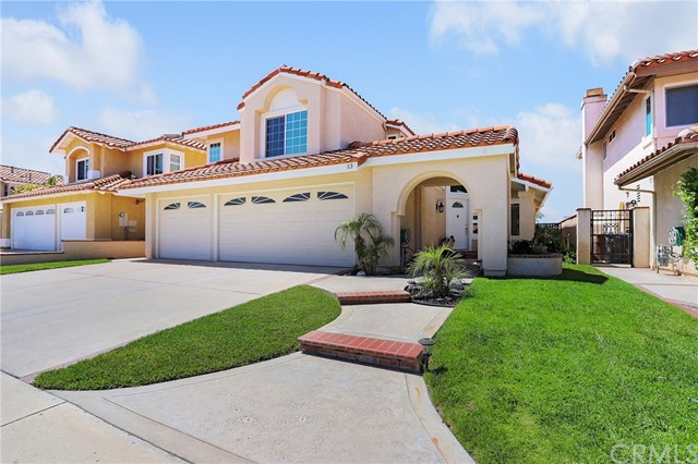 13 Santa Isabel, Rancho Santa Margarita, CA 92688