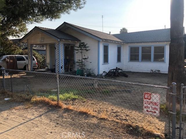 1275 Olivine Ave, Mentone, CA 92359